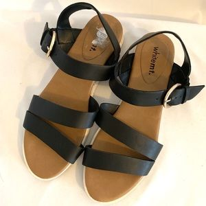 WT. Mountain black strapped  sandals size 8.5